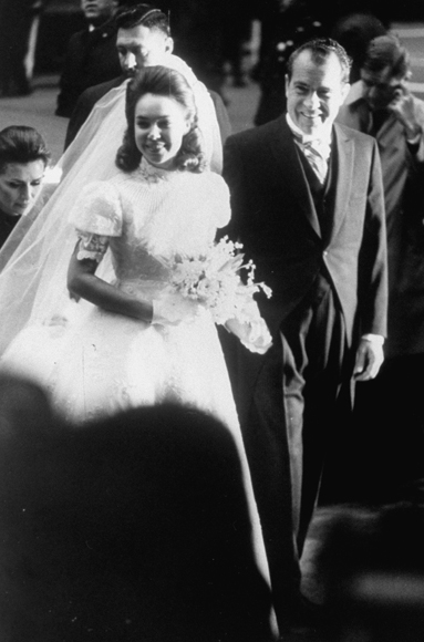 Grandson Of Former President Eisenhower They Opted For A Small Private Ceremony Nixon Wearing Gown By Priscilla Boston Married At